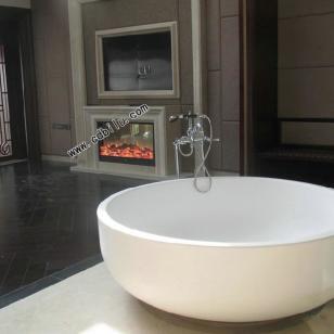 鸳鸯浴缸旁的伏羲壁炉图片