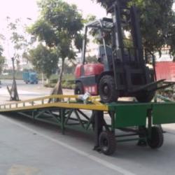 供应移动式登車橋 8-10吨登車橋 深圳宝安貨櫃車裝卸平台