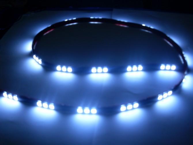 供应5050软灯条一米30灯白光图片