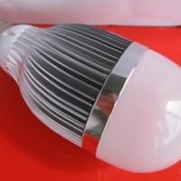 供应LED球泡灯10W