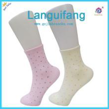 供应中國佛山襪子制造生産廠家糖果色圓點時尚女襪