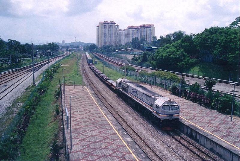供应深圳广州到阿拉木图铁路陆运