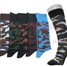 供應襪子加工廠廠家直供軍事迷彩男襪圖片