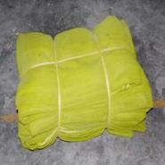黄色密目式安全网图片