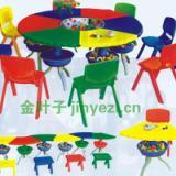 供应重庆儿童桌椅批发、幼儿园课桌椅的质量要求