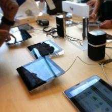 供应ipod苹果展示报警支架亚克力展示架nano展示报警器批发