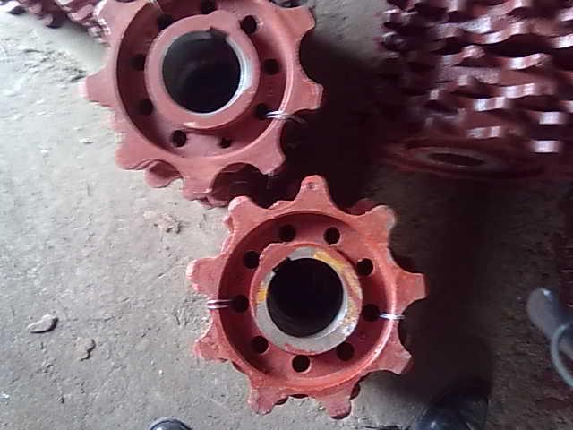 供应九齿链轮链条炉排主动轮九角齿轮铸钢链轮