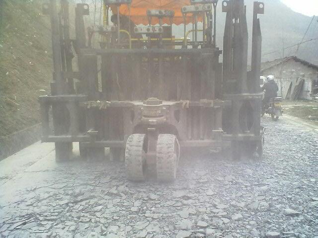 供应湖北多锤头水泥路面碎石化