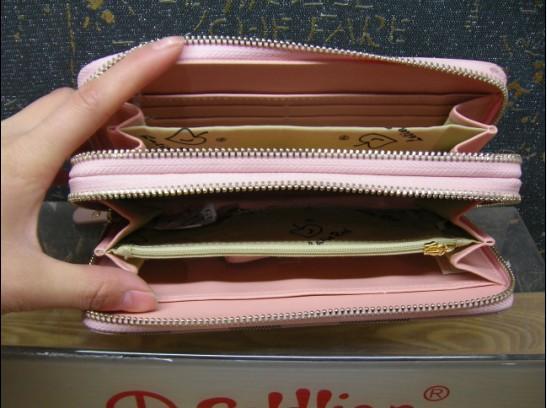 拉丁红年真皮提手钱包款式多样图片