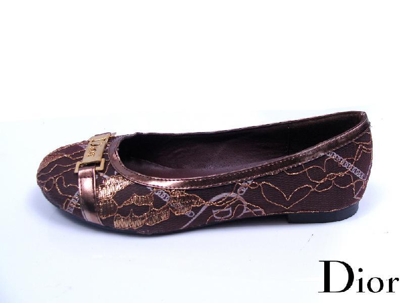 ...单鞋   > Dior浅口平跟单鞋   产品资讯   网经新闻首页   互...
