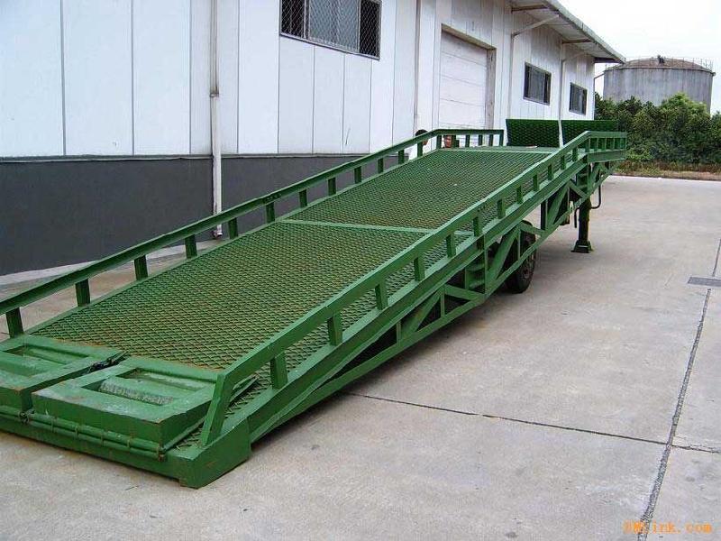 固定式液压登车桥有哪些优点呢|新闻动态-法国欧洲搬运装卸设备制造有限公司上海代表处