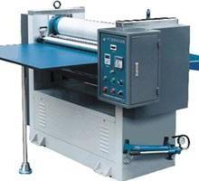 供应便捷可靠高档次之三兴纸张压纹机批发