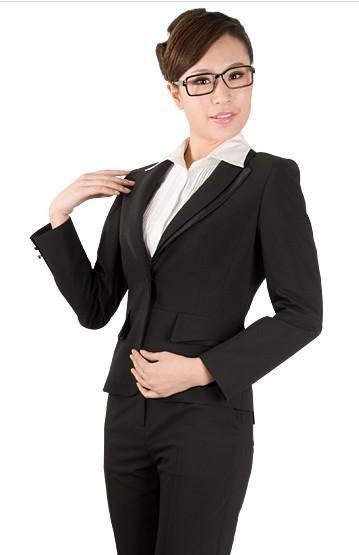 职业装女士西装