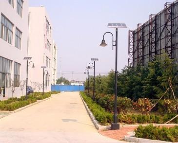 供应新疆地区现货太阳能路灯