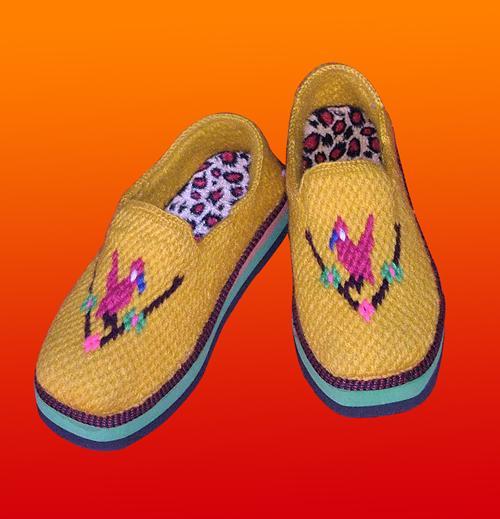 勾鞋子的图案