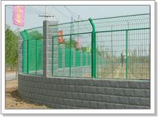 供应市政围栏市政防护网