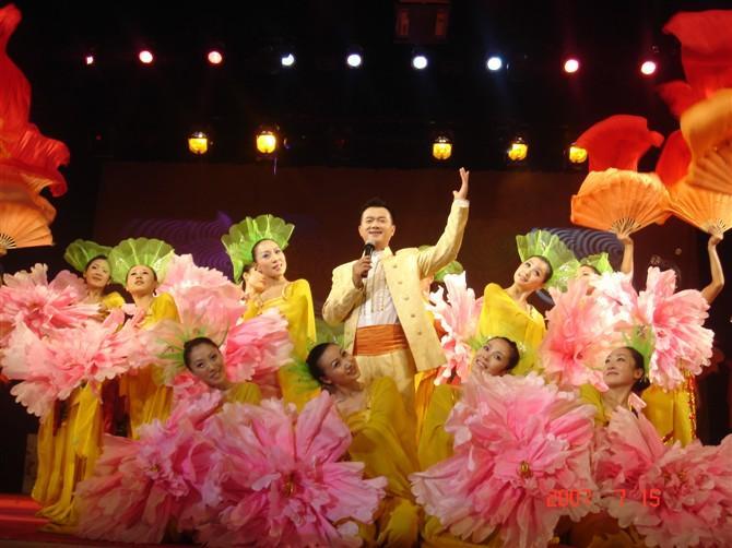 团北京群舞演出