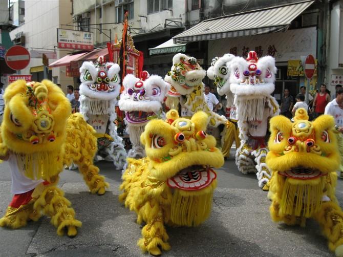 佛山舞狮子表演视频_199广东深圳比麟堂舞狮子舞狮视频 _网络排行榜