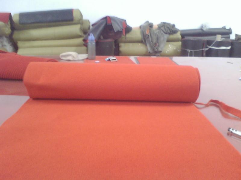 供应拉绒及无纺提花地毯