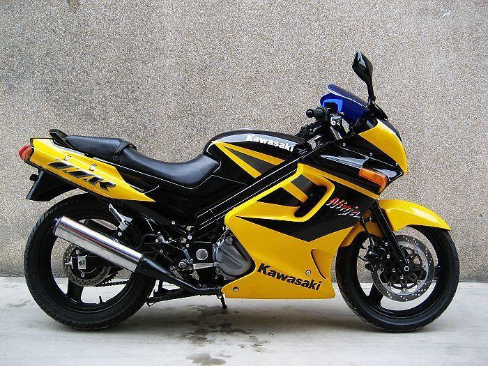 世界摩托车跑车品牌_250摩托车跑车价格-250cc摩托车跑车品牌和价格??? _感人网