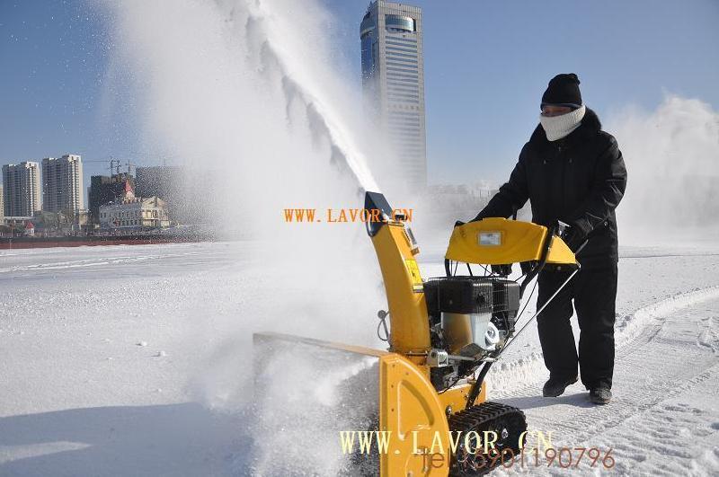 供应新疆除雪机专卖,厂家专业生产除雪机