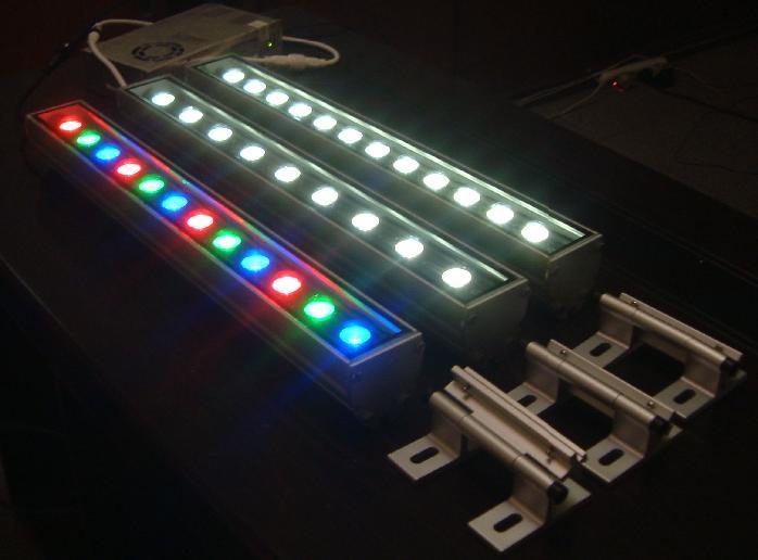 供应LED线条灯LED洗墙灯、LED线条灯定做、LED线条灯批发