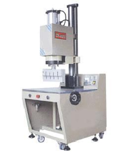 供应新乡超声波焊接机图片