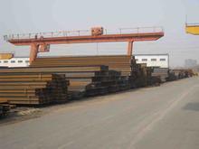 供应QU120起重机钢轨价格,u71mn重钢轨厂家批发