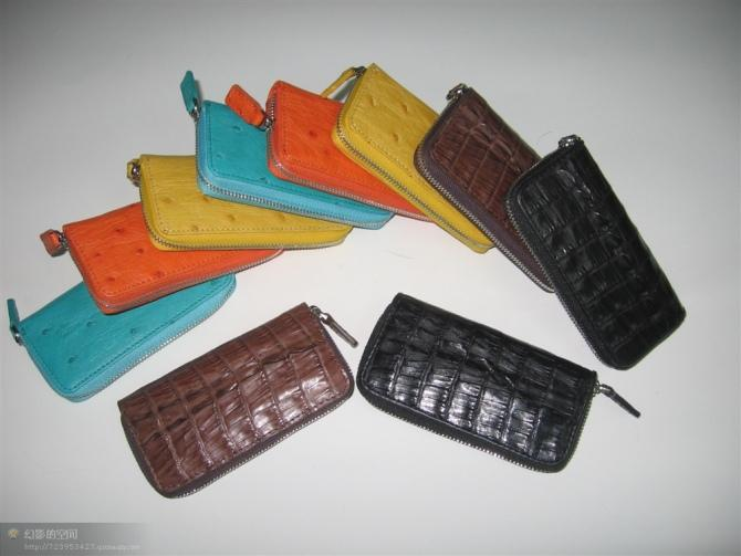生产供应鳄鱼皮钥匙包