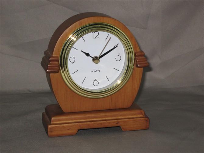 供应钢琴烤漆闹钟、星级酒店客房闹钟、实木金属座钟、静音夜灯家居时钟
