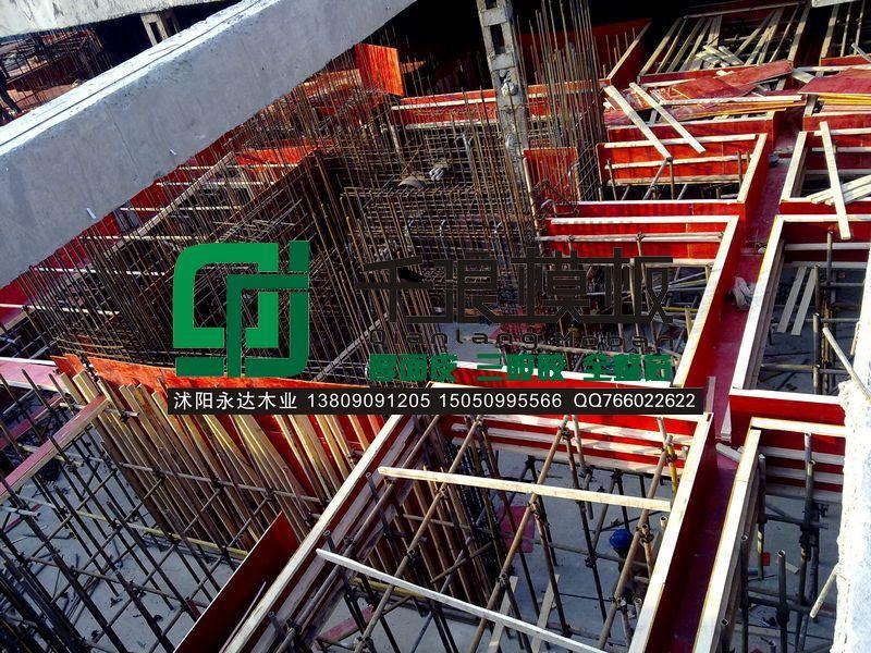 建筑模板厂家分析复合建筑模板特点