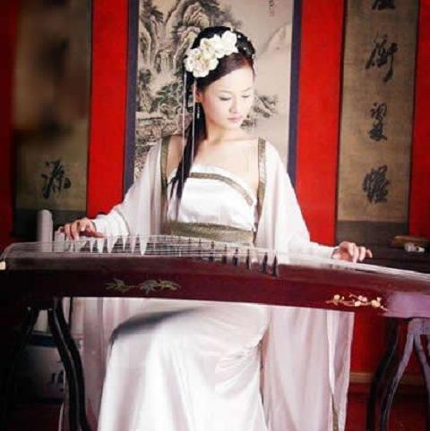 广东广州广州古筝表演演员生产供应商:供应广州古筝图片