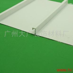 高边防风铝条型扣板图片