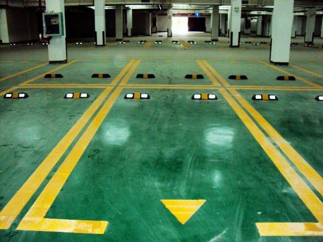 工作 地下车库设计 地下车库坡道高清图片