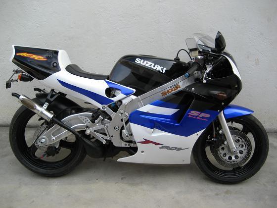 铃木250cc摩托车图片大全 铃木 摩托车摄影图 现代交通工
