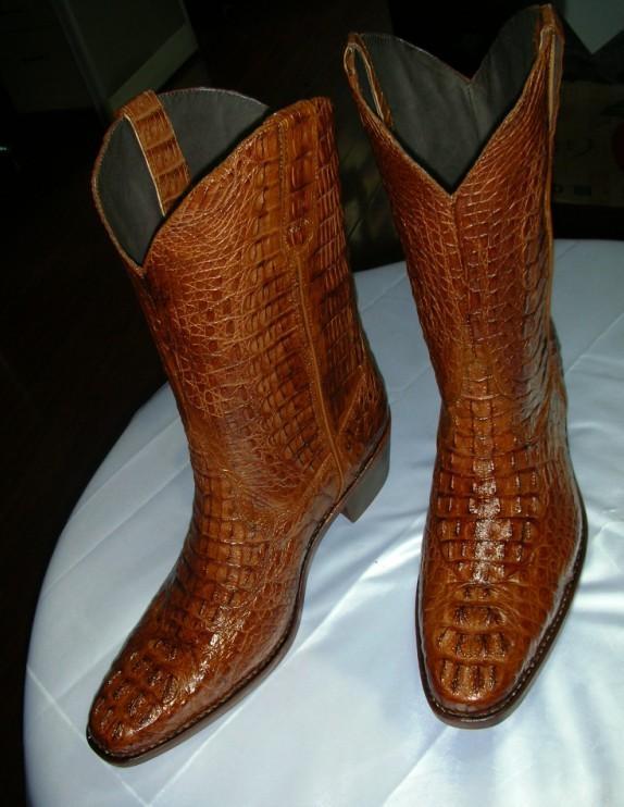 产供应短中靴鳄鱼皮皮鞋