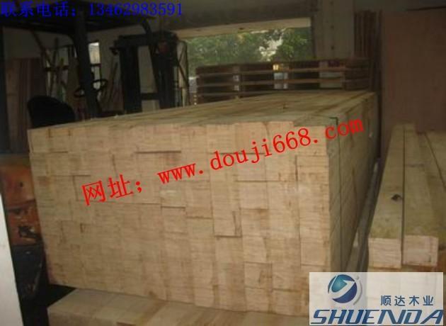 条子图片简述:等级优质品名桐木条子树种桐木产地河南商丘高清图片