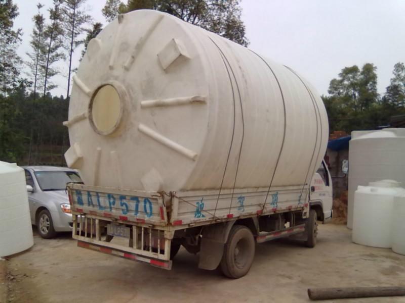 供应常德化工储罐供应商/ 湖南耐酸耐碱化工储罐价格