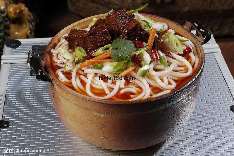砂锅米线的做法 11 06 1112 27三鲜砂锅米线-重庆三鲜砂锅米线图片