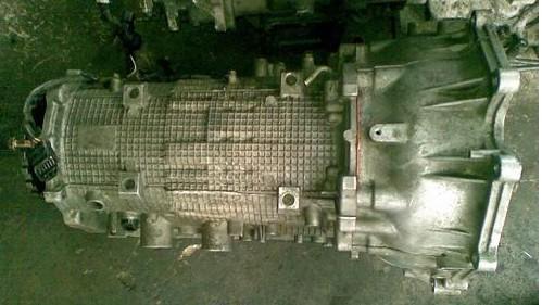 供应三菱V73波箱,刹车盘,电子扇,汽油泵,减震器等汽车配件,波高清图片