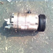 供应宝来空调泵,发电机,电子扇,机油泵,减震器,原装拆车件