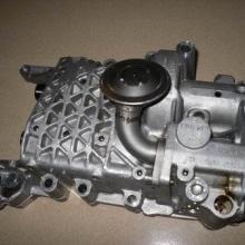 供应奥迪A4机油泵汽车配件,发电机,减震器,原厂件