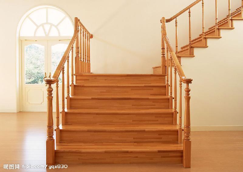 旋转楼梯底座图片
