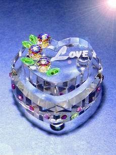 供應水晶結婚禮物,水晶婚慶紀念品,水晶節慶用品,水晶奢侈收藏品