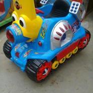 最新款激光坦克疯狂坦克摇摇车销售图片