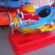渭南电动儿童玩具车灰太狼摇摆车图片