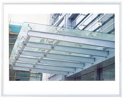 供应用于小区门头|医院车棚|汽车棚的山东玻璃雨篷