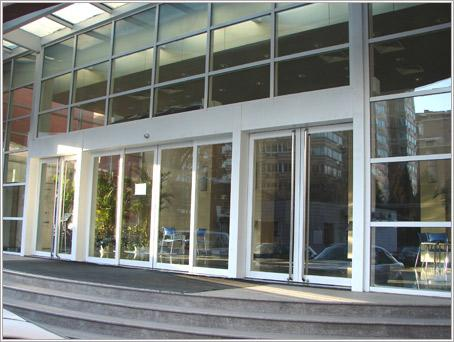 发展有限公司生产供应黑龙江省东森门窗工程-