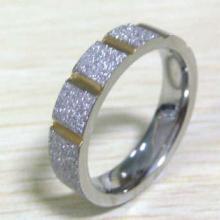 供应精品不锈钢镶石戒指不锈钢戒指6