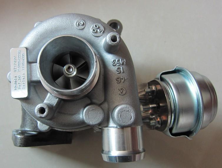 涡轮增压_943马力v12双涡轮增压发动机丰田supra
